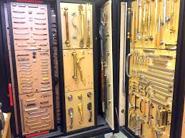 door and cabinet handles