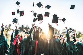 Frasi per laurea con 110 e lode - Vita Insieme