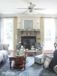 mantel decor ideas blue and aqua