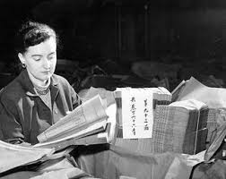 Priscilla Scott examining Chinese book collection - UBC Library Open  Collections