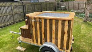 Covid 19 This Couple Built A Hot Tub Trailer To Ease Their Boredom