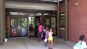 Benjamin Davis Elementary lets out for the summer | News Videos ...