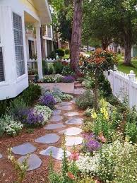 33 small front garden designs to get