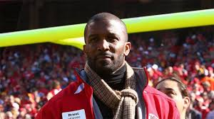 Priest Holmes Returns
