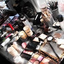 bridal makeup kit essential for brides