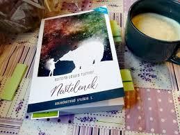 Aurora Lewis Turner: Névtelenek (Bolygókeringő trilógia 1.) -  Könyvszenvedély