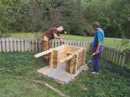 How To Build A Log Cabin Doghouse How Tos Diy