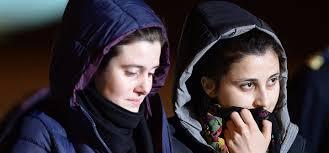 Vanessa e Greta libere: no alla paura e alle leggerezze
