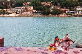 rishikesh ashrams for yoga and tation