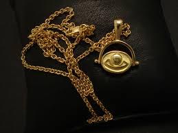 ancient egypt gold scarab pendant