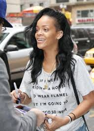 9 pictures of rihanna without makeup