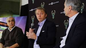 League of Legends - Sources - Bucks co-owner Wesley Edens buys into esports  for $2.5 million