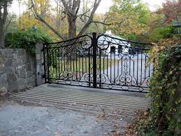 This Wrought Iron Driveway Gate Features Traditional Scroll Designs And A Thicker Than Usual Wrought Iron Driveway Gates Driveway Gate Wrought Iron Front Door
