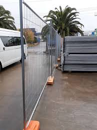 Temporary Fencing Feet Recycled Rubber Base Temp Fence Black Suits 32mm Od Pipe For Sale Online Ebay