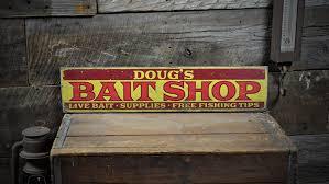 custom bait lake house sign