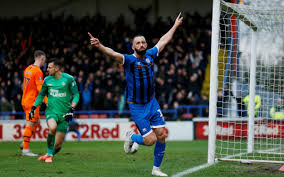 How Rochdale's veteran Aaron Wilbraham stays young: 'It used to be jam on  toast, now it's poached eggs and avocado'