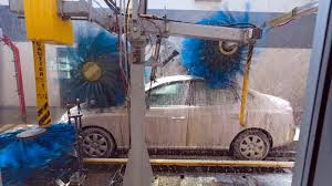 Automatic car wash tips and tricks to avoid damage | Autoblog