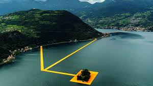 Christo and Jeanne-Claude: The Floating Piers, Lake Iseo, Italy ...