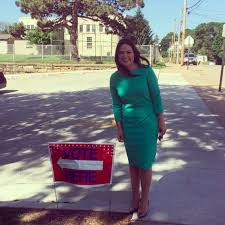 Abby Finkenauer's Iowa Primary Win May Lead to Her Becoming the Youngest  Woman Ever Elected to Congress
