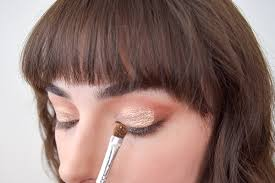 this rose gold eye makeup look will