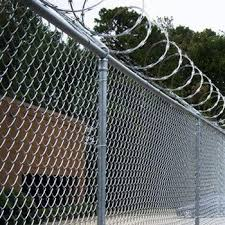 Low Price Razor Wire Fence / Airport Fence / Razor Barbed Wire ...