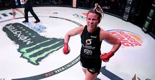Leslie Smith vs. Arlene Blencowe set for Bellator 233