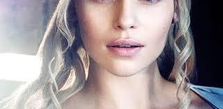 emilia makeup s