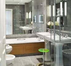 bathrooms with mirrors above bathtubs