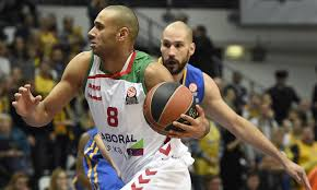 Spurs draftee Adam Hanga stays abroad, unlikely to come to NBA soon