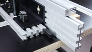Full Featured Router Table Fence Designed For Heavy Use Infinity Cutting Tools Blog