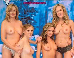 Sexy moms sex photos