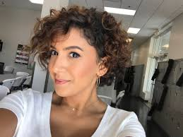 Short Curly Hair Pics To Help You Create A New Look Short Curly
