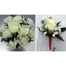 clutch bouquet and rose boutonniere bo package