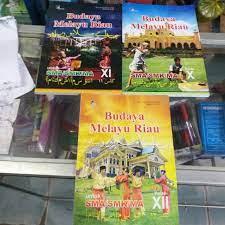 Kunci jawaban buku seni budaya kelas 12 semester 1kali ini admin telah membuat contoh soal soal latihan ukk seni budaya keterampilan yang terbaru 2018 untuk kelas 1 sekolah dasar sd disertai dengan kunci jawaban. Buku Bmr Budaya Melayu Riau Sma Smk Ma Shopee Indonesia
