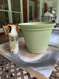 how to make a plastic planter pot look