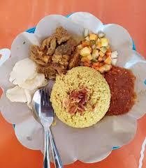 Bahkan hampir setiap daerah memiliki olahan nasi khas, diantaranya nasi megono, nasi uduk, nasi kuning. Uenakk Nasi Kebuli Purnama Resto Peluangusahaku Id Solusi Dan Inspirasi Bisnisku