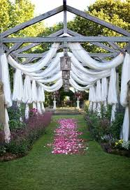 26 stunningly beautiful decor ideas for indoor and outdoor weddings 1