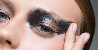 6 eye makeup mistakes that smear all over your face