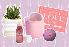 Valentines Day Ideas For Girlfriend Valentines Day Gift Guide On What To Get Your Girlfriend