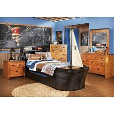 arr matey a bedroom set perfect for the adventurous child and fun with this pirate theme under 1300 view more on rooms to go kids