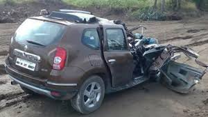 2018 renault duster india. modren duster latest car accident of renault duster in india  road crash compilation  2016 2017 2018 throughout renault duster india