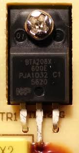 pcb re building a crock pot controller how are the heating closeup on the transistor