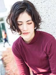 くせ毛でショートヘアをセットするには学生40代必見の絶対失敗しない
