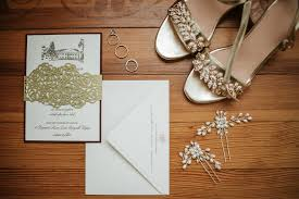 back when we featured breanne stuart s custom wedding invitations with a sketch of historic rosemont