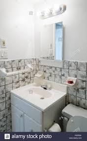 Kleine Badezimmer Waschtisch Waschbecken Usa Stockfoto Bild