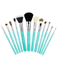 12 brushes beauty s pretty essentials sigma makeup macy