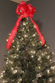 tree bow topper tutorial