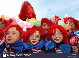 Il carnevale, Giovedì Grasso sfilata in Weitersburg, Renania-Palatinato,  Germania, Europa Foto stock - Alamy