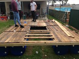 Decking Using Pallets I Built A Transportable Pontoon Raft Out Of Old Pallets And 55