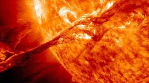 A solar storm that hits the Earth soon ...